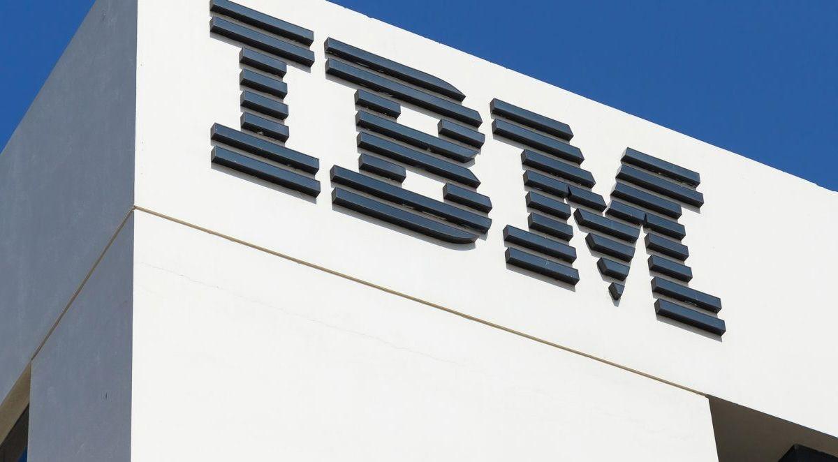 Foto nga themelimi i IBM